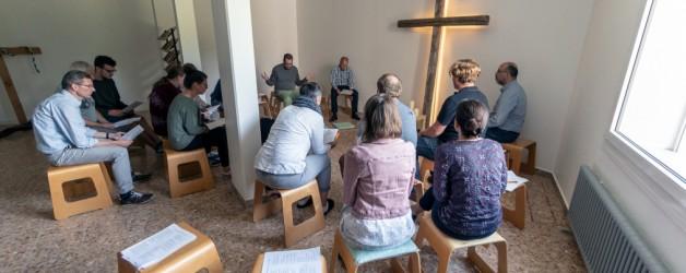 VIERNES SANTO con la Iglesia perseguida.